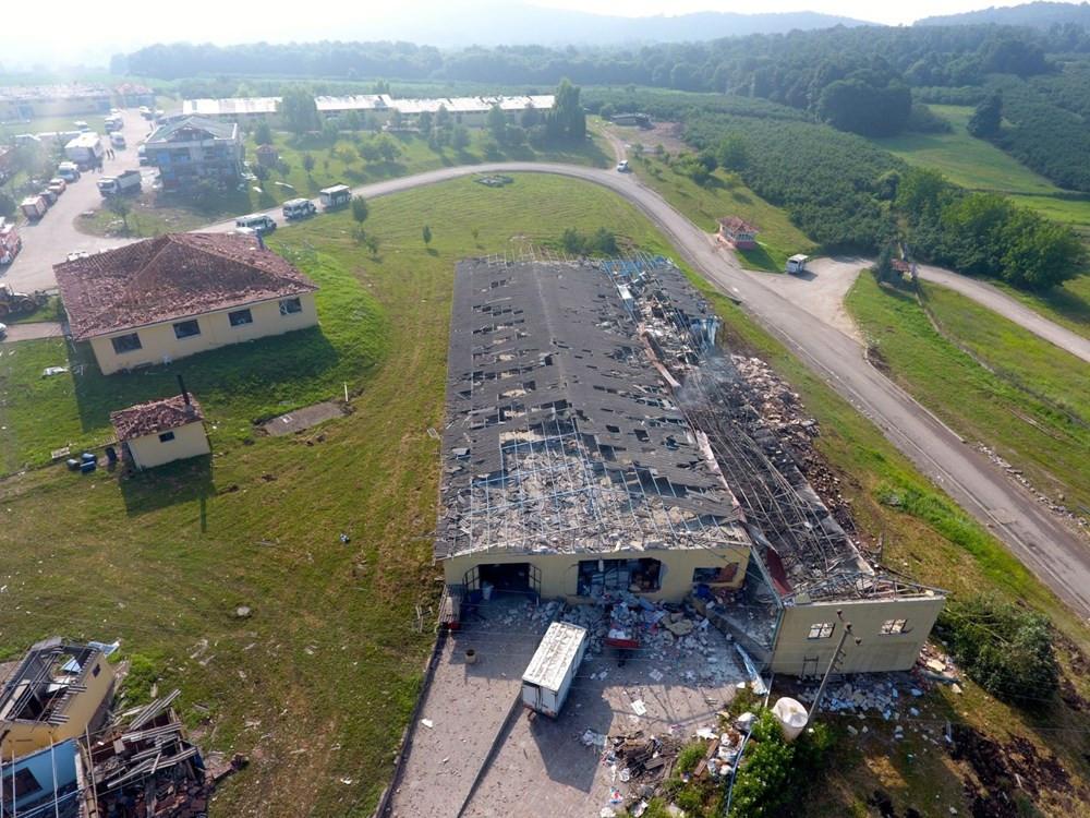 Sakarya'da patlamanın olduğu alandaki hasar havadan görüntülendi