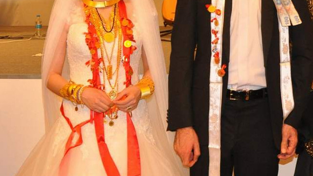 Bilim Kurulu Üyesi Prof. Tezer: ''60 yaş üstü düğüne gitmesin''