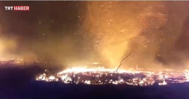 İzmir'deki ateş hortumu böyle görüntülendi