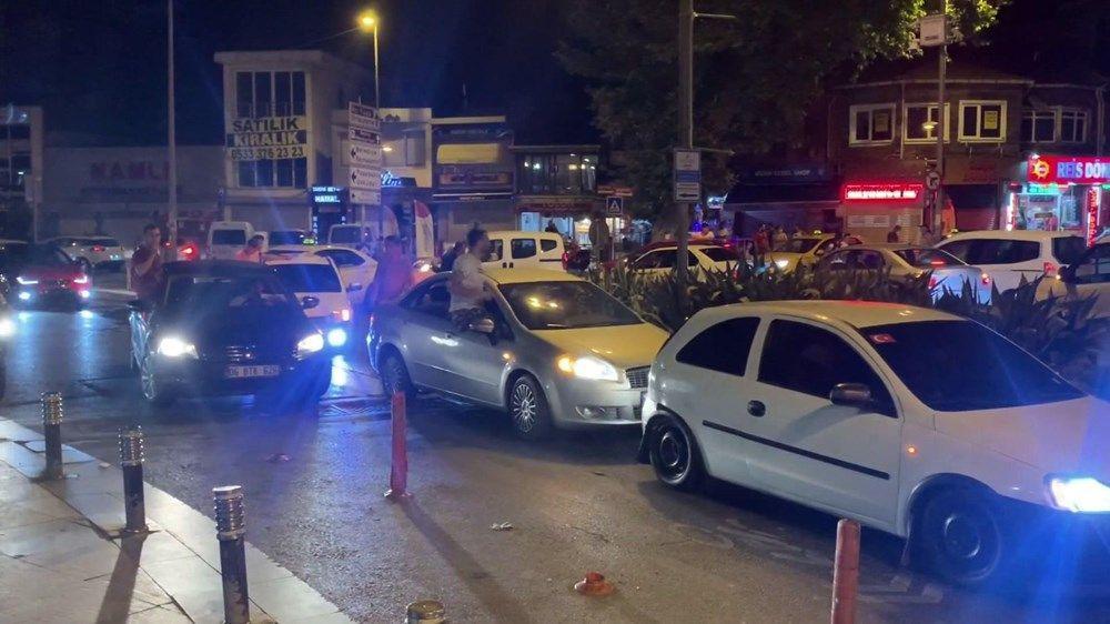 İstanbul'da Silahlı, meşaleli, sosyal mesafesiz asker uğurlaması rezaleti!