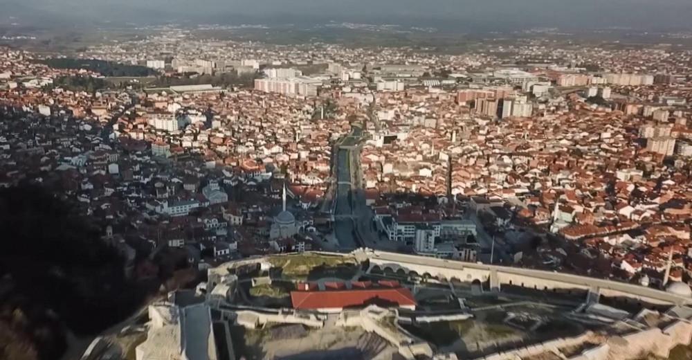 Kosova'da vaka sayıları artınca yeniden sokağa çıkma yasağı getirildi - Resim: 2