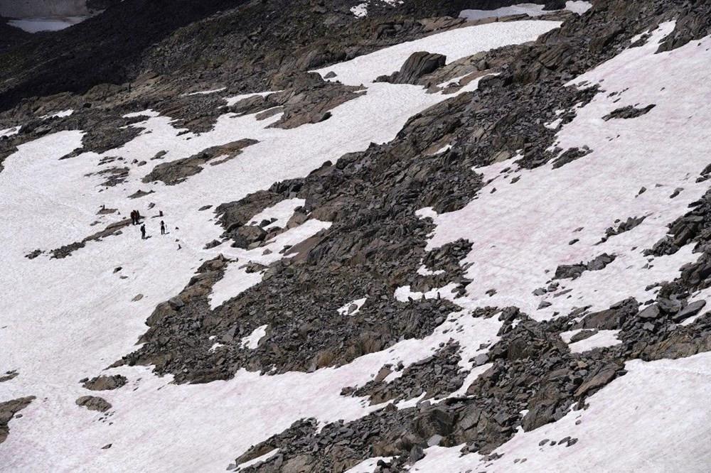 Alpler'de pembe kar alarmı!