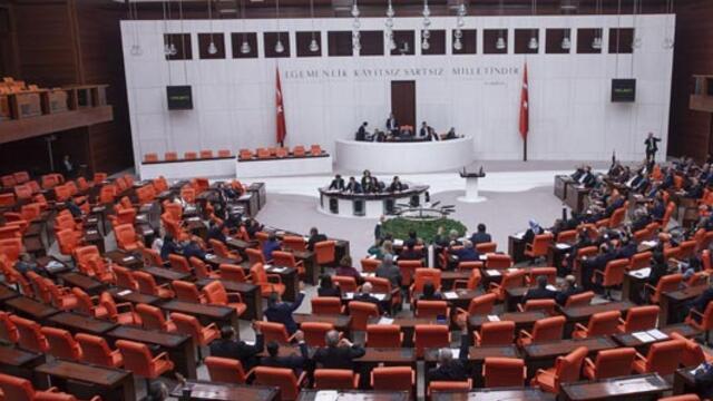 Askeri alanda düzenlemeler içeren kanun teklifi kabul edildi