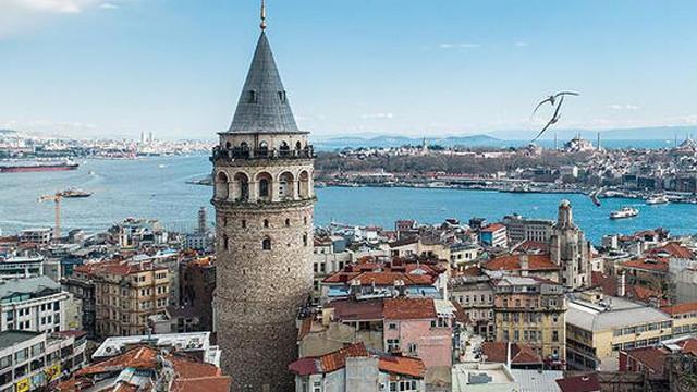 Bakan Ersoy'dan Galata Kulesi bakımıyla ilgili açıklama