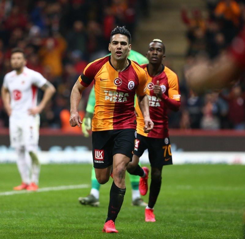 Falcao'nun Galatasaray'dan 1 dakikada kazandığı para