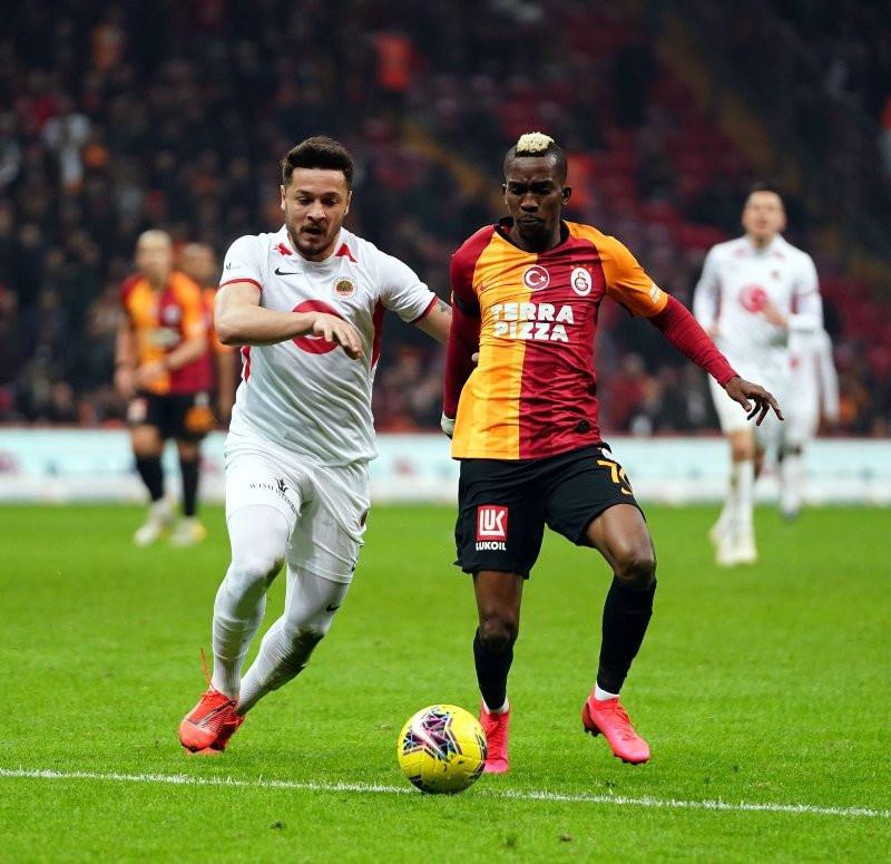Onyekuru Galatasaray'dan neden ayrıldı? - Resim: 1