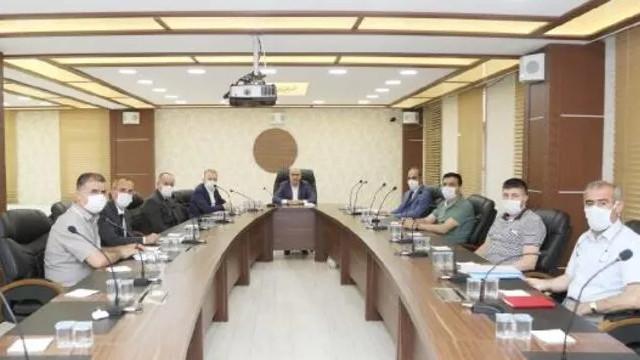 Mardin Büyükşehir Belediyesi'nde birçok üst düzey yönetici görevden alındı