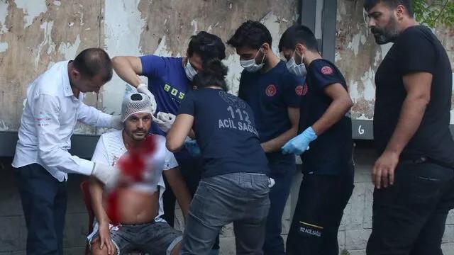 Taksim'de değnekçi terörü! Kanlar içinde kaldı