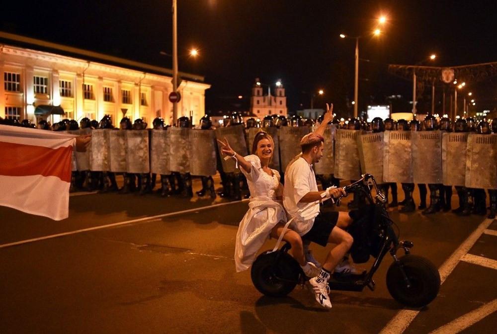 Belarus'ta seçim sonuçları sokakları karıştırdı