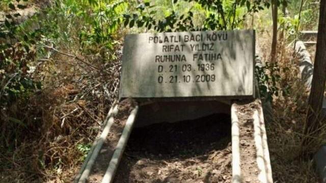 Mezarlıkta görenleri şoke eden olay