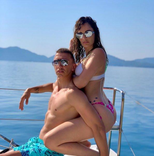 Muslera ve eşi Patricia Callero'nun tatil pozları Instagram'ı salladı