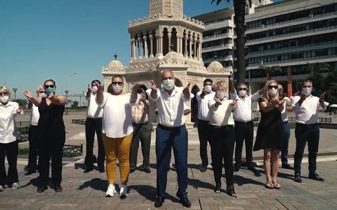 Genç Parti ''kolları sıvadık'' kampanyasını başlattı