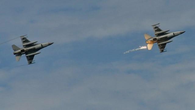 Tayvan'dan dev anlaşma! ABD'den 90 adet F-16 savaş uçağı alacak