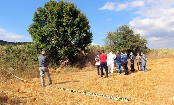 2 aydır kayıptı, cansız bedeni ağaca asılı halde bulundu