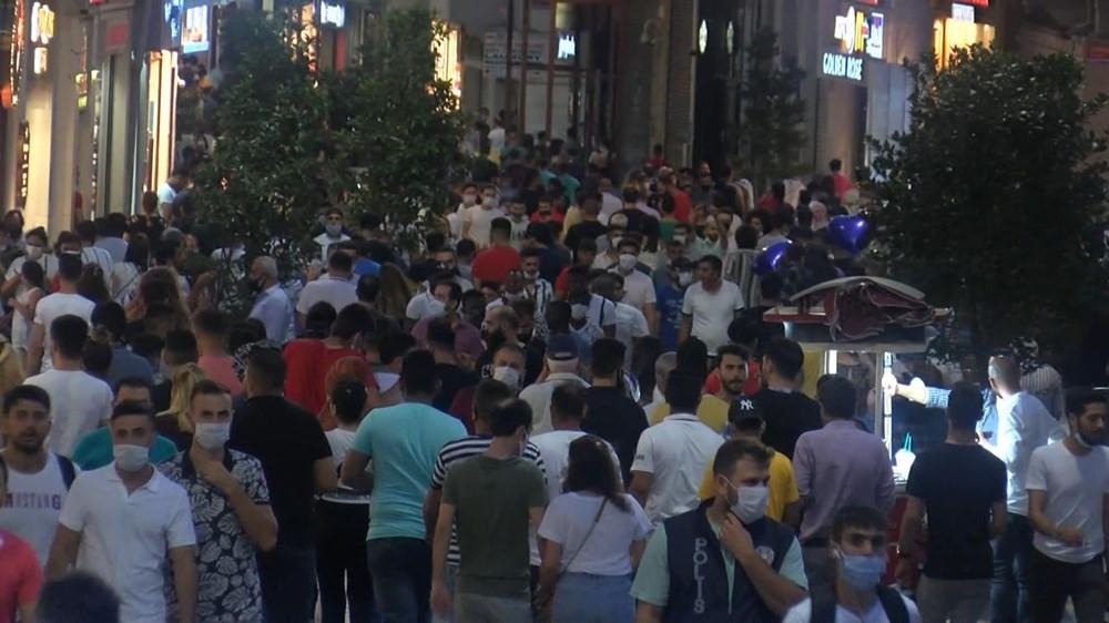 İstiklal Caddesi'nde inanılmaz kalabalık!