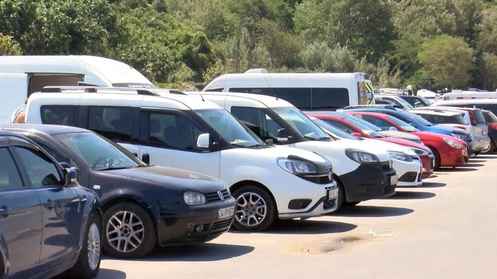 Şile'de kilometrelerce araç kuyruğu oluştu - Resim: 4