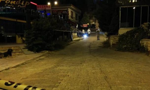 İstanbul'da ''uzun namlulu'' kavga: 1 ölü, 3 yaralı!