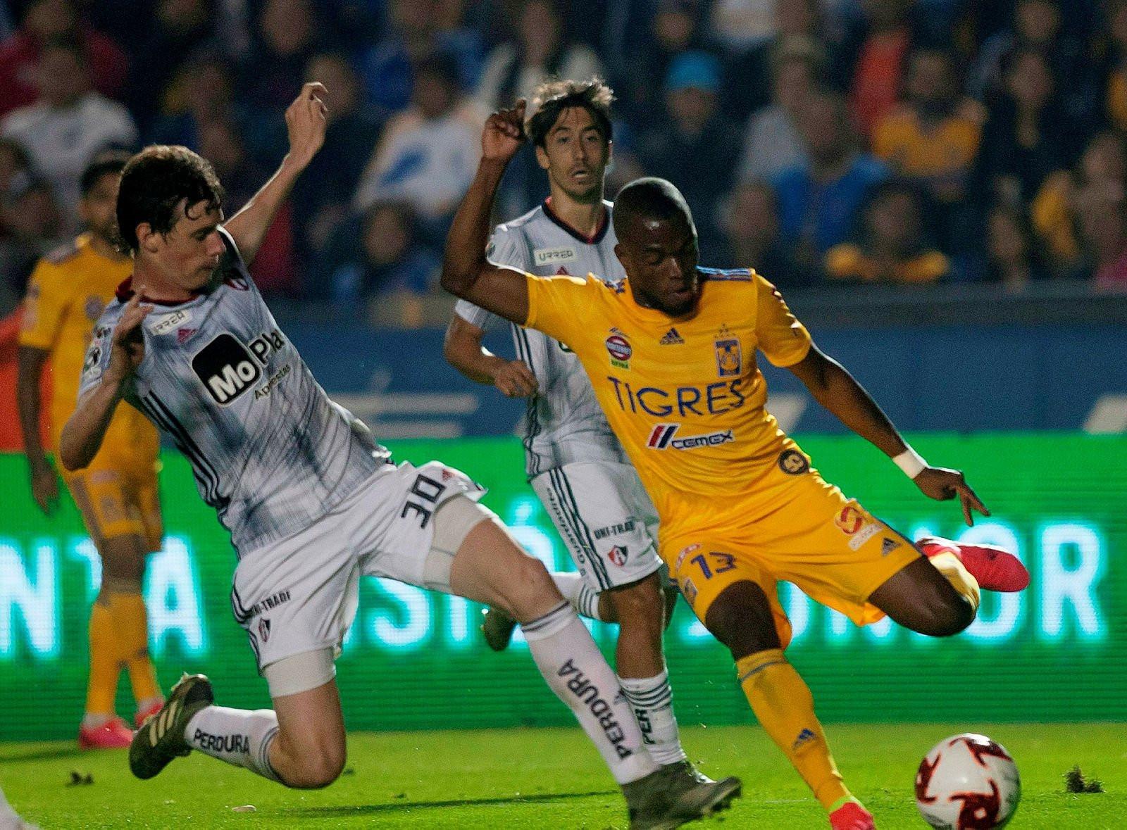 Fenerbahçe'de Sosa'nın ardından 5 transfer daha