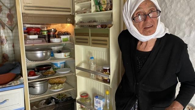 95 yaşında elektriğe kavuştu! ''Televizyon gelince gençleştim''