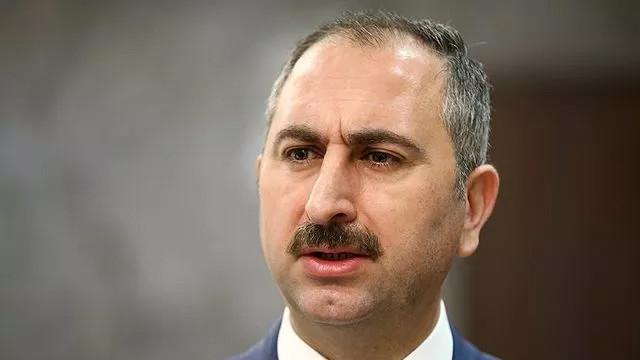 Adalet Bakanı Gül'den İstanbul Barosu'na tepki