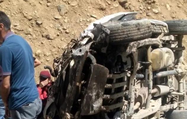 Yüksekova'da kabus gibi kaza: Çok sayıda ölü ve yaralı var!