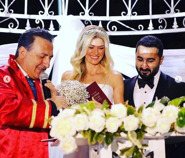 Onur Buldu ile Duygu Koz çifti evlendi