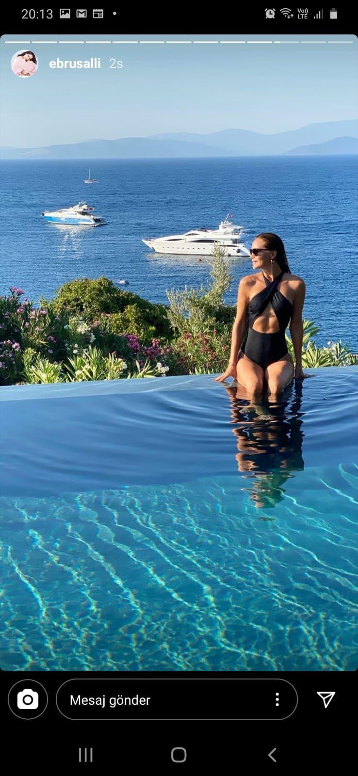 Ebru Şallı'dan eşiyle havuz başında tatil pozu - Resim: 2