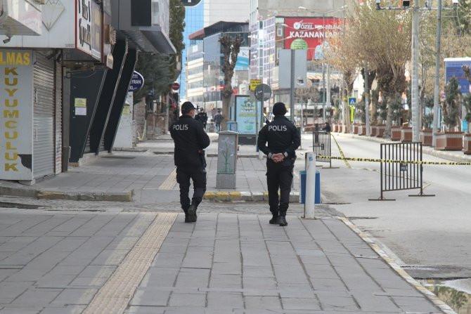 Haftasonu 15 ilde sokağa çıkma yasağı iddiası için ilk açıklama
