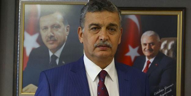 AK Partili isim Bakan Albayrak'a ''istifa'' diyenlere ''köpekler'' dedi!