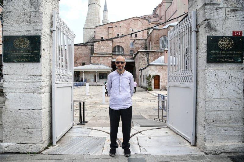 Ayasofya-i Kebir Camisi levhasında dikkat çeken ayrıntı