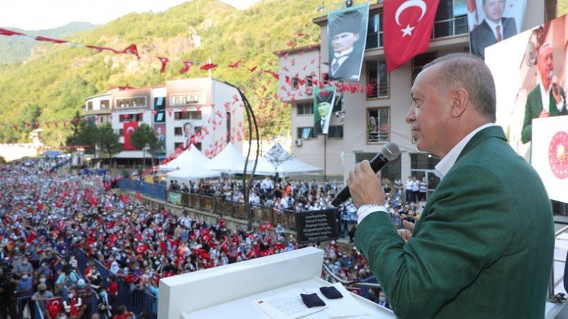 Erdoğan'ın 30 Ağustos'tan 1 gün sonraki sosyal mesafesiz mitingine tepki