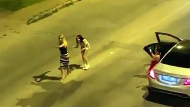 Antalya'da sokak ortasında ilginç anlar!
