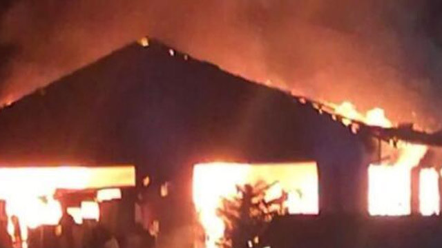 Almanya'da camide korkutan yangın!