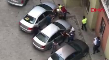 Onları polis bile ayıramadı! İstanbul'da ölümüne kavga