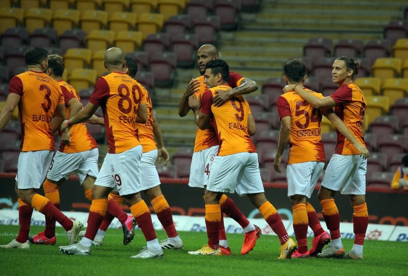 Galatasaray'a 1 ayda müthiş gelir