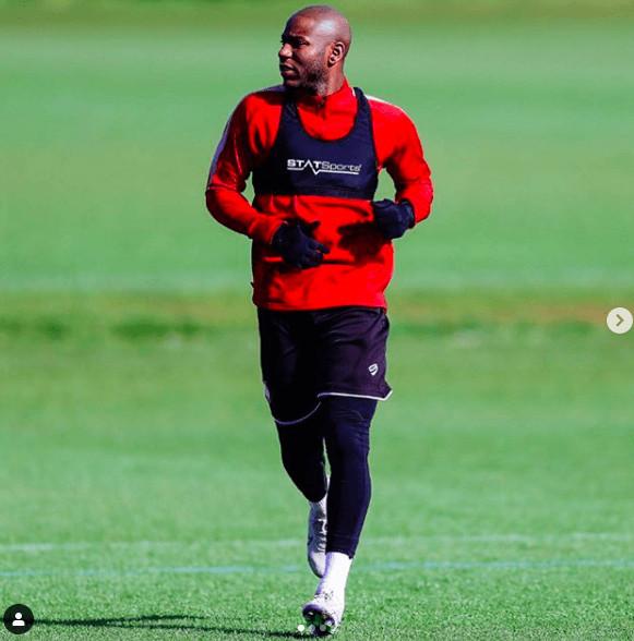 Trabzonspor'a yeni forvet: Bennick Afobe !