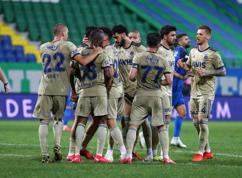 Fenerbahçe'de büyük forma savaşı