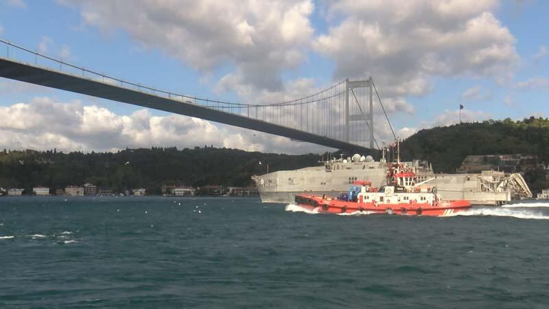 ABD'nin donanma gemisi Karadeniz'de görüldü