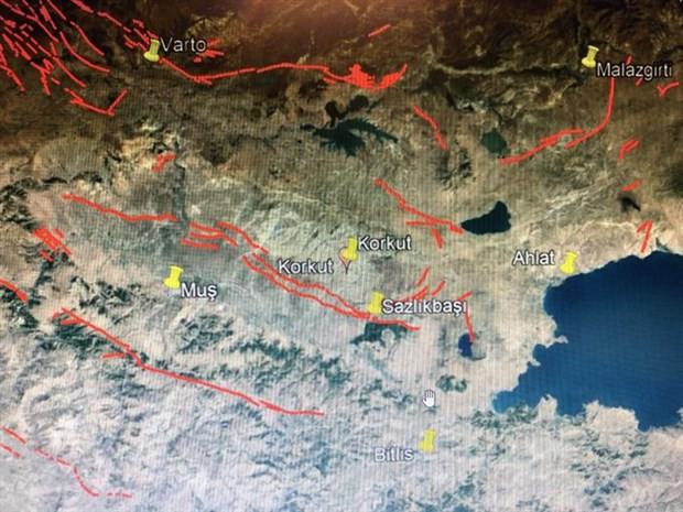 Prof. Dr. Naci Görür'den depremin ardından yeni uyarı
