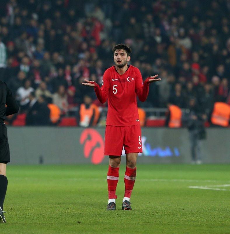 Galatasaray'a Okay Yokuşlu'dan kötü haber