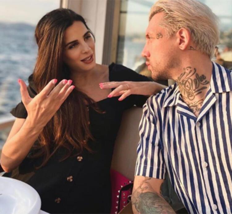 Fenomen Eylül Öztürk'e ''Kocan seni aldatıyor'' mesajı