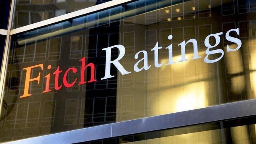 Fitch, Türk bankalarının notunu düşürdü