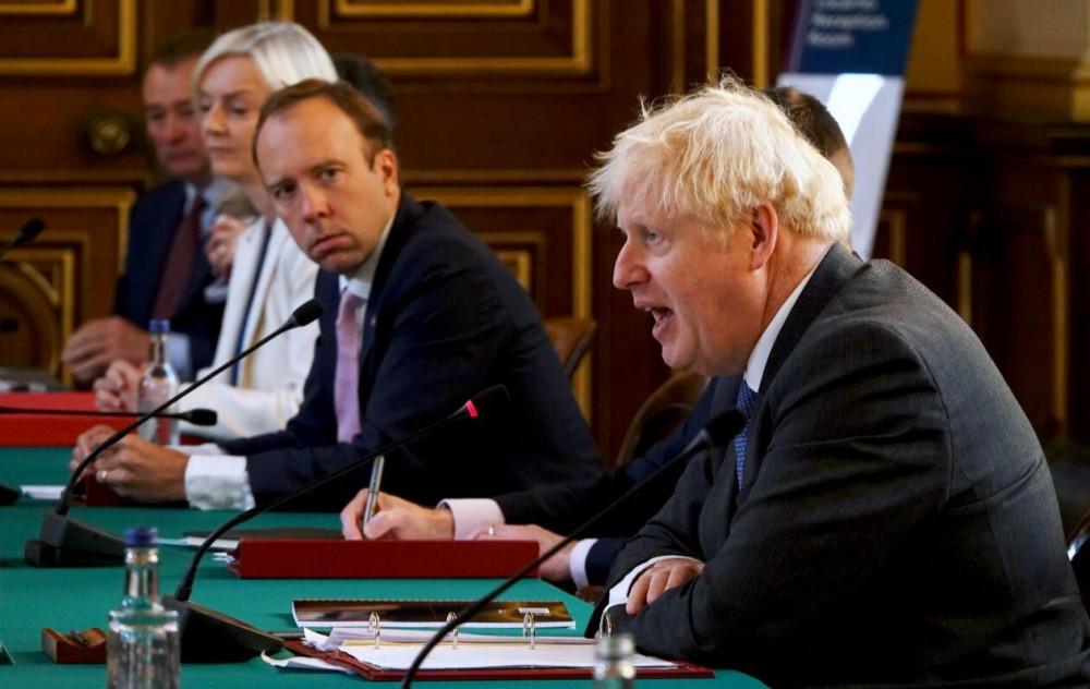 İngiliz bakandan korkutan açıklama: ''Her sekiz günde ikiye katlanıyor''