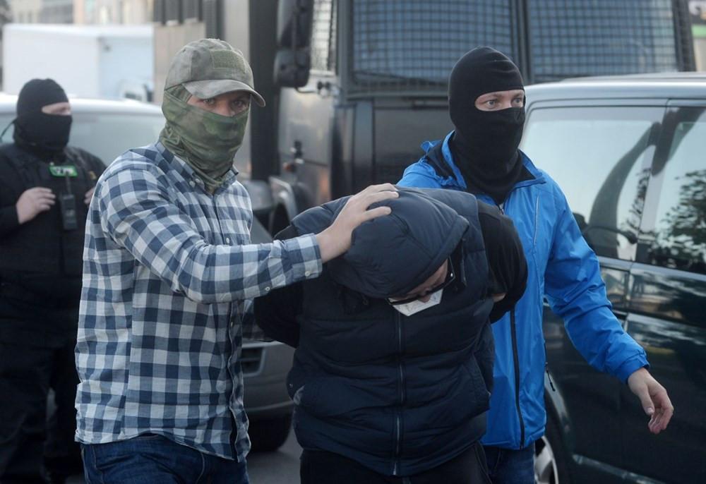 Belarus'ta sular durulmuyor! Yüzlerce gözaltı var