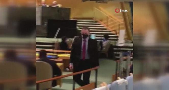 İkinci ''one minüt'' vakası; Erdoğan konuşmaya başlayınca...