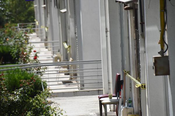 Apartman görevlisi çift koronaya yakalandı, 500 kişi karantinaya alındı