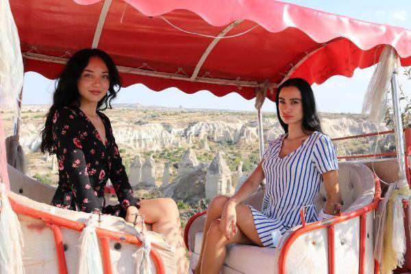 Kapadokya'yı mankenler bastı