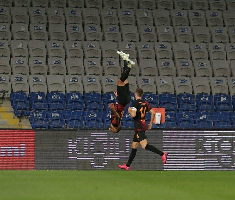 Galatasaray'da Belhanda için karar verildi