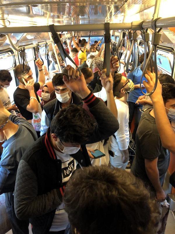 Metroda tedirgin eden yolculuk
