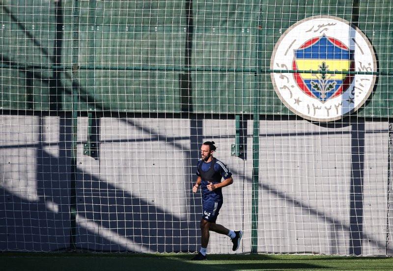 Fenerbahçe idmanında dikkat çeken kare